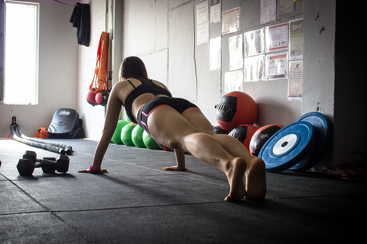 Why having a gym buddy is the best way to lose weight