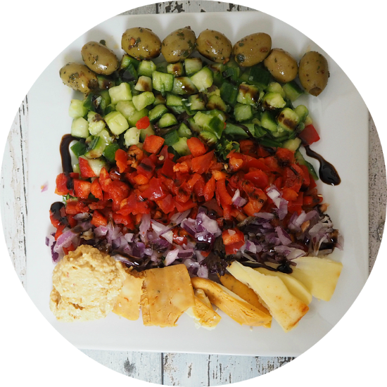 #WIAW // Colourful Salad